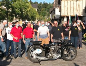 Une centaine de motos Terrot à Najac